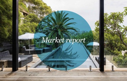 Sydney's 'wait and see' market