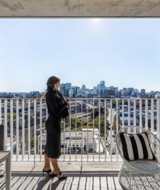 Apartment lift follows house growth